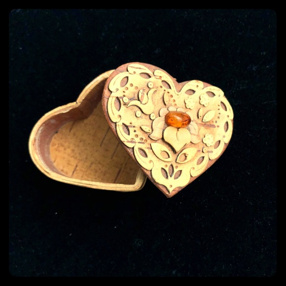 Other - Adorable Wooden Vintage Heart Shaped Box Amber